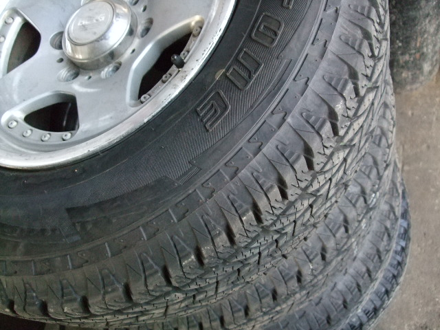 そろそろ冬タイヤの準備|新品タイヤが安いのはスペースギアならでは?