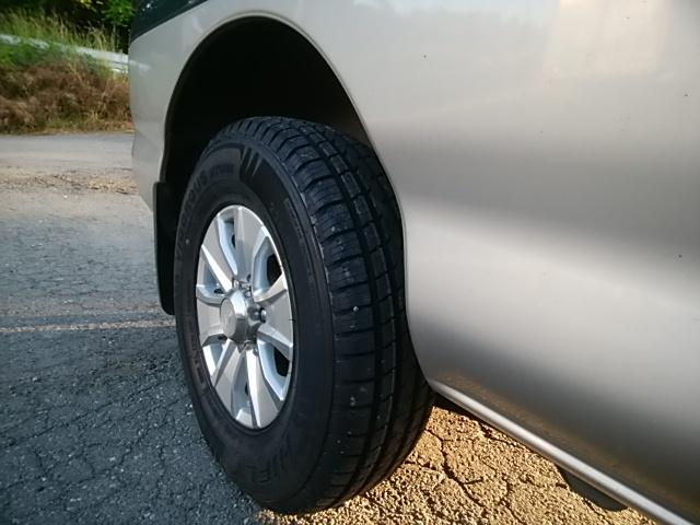 夏タイヤのオススメは何?そりゃ格安の良いタイヤです|12Vコンプレッサーは必携じゃね?